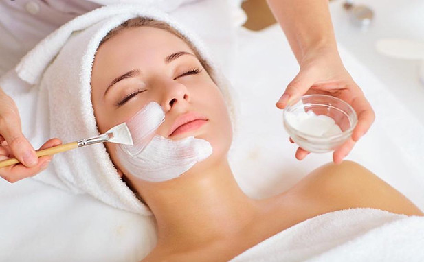 Treat yourself to a relaxing facial this summer! Only $30 from now until June 28. Call 563-582-8042 or message us to book your appointment now.