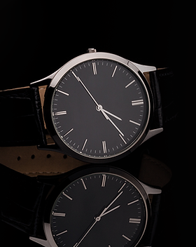 Fancy Luxury Leather Strap Watch on Shin