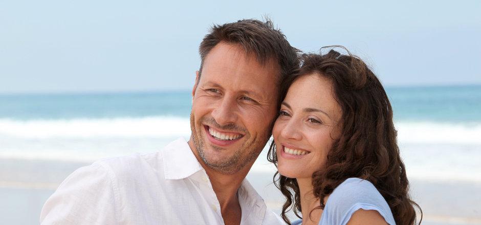 happy-couple-beach-1.jpg