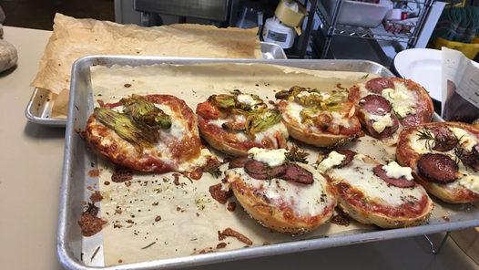 PIZZA BAGELS!!!