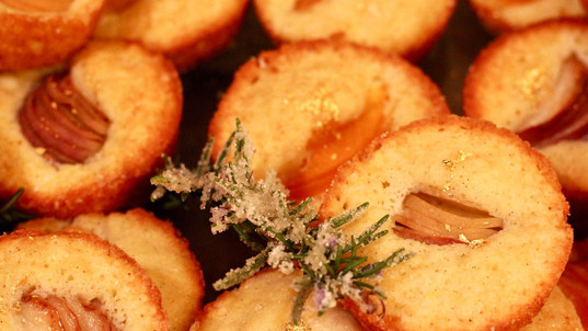 Gold dusted slovenian cakes