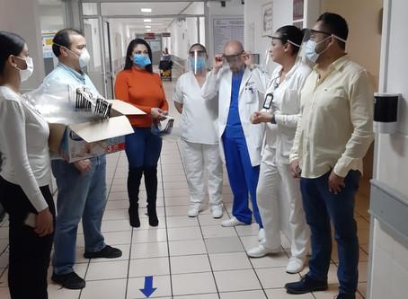 Maestros y alumnos blindan al personal médico vs COVID-19