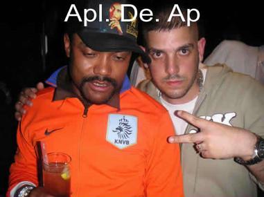 Apl. De. Ap (Black Eyed Peas).jpg