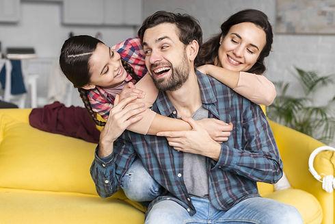 bg-familia2.jpg
