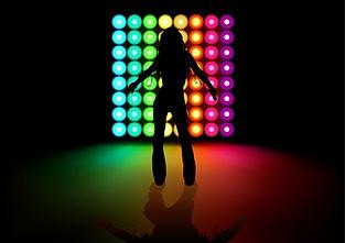 Dancing_Girl_2011_01.jpg