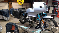 77 R100RS