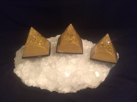 Brass Mini Pyramid 3 Pack