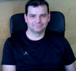 Cheftrainer des Vereins Markus Bleidtner