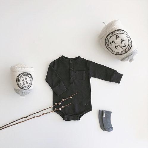 Quadrille Fabric Body, Dark Grey - Tocoto Vintage
