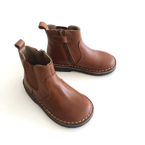 Two Con Me - 19N Calf, Brown by PePe