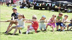 Cornwood Show kids tug of war.jpg