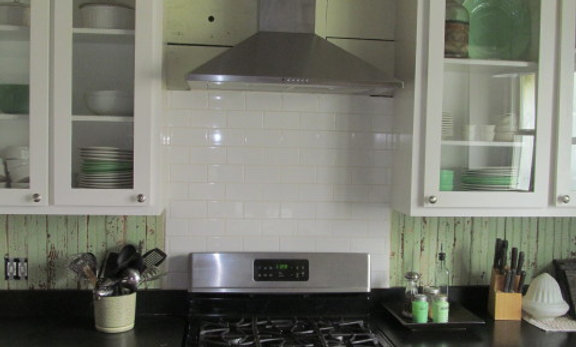 30 x 36  Pure White- Solid Glass Backsplash Back-Painted