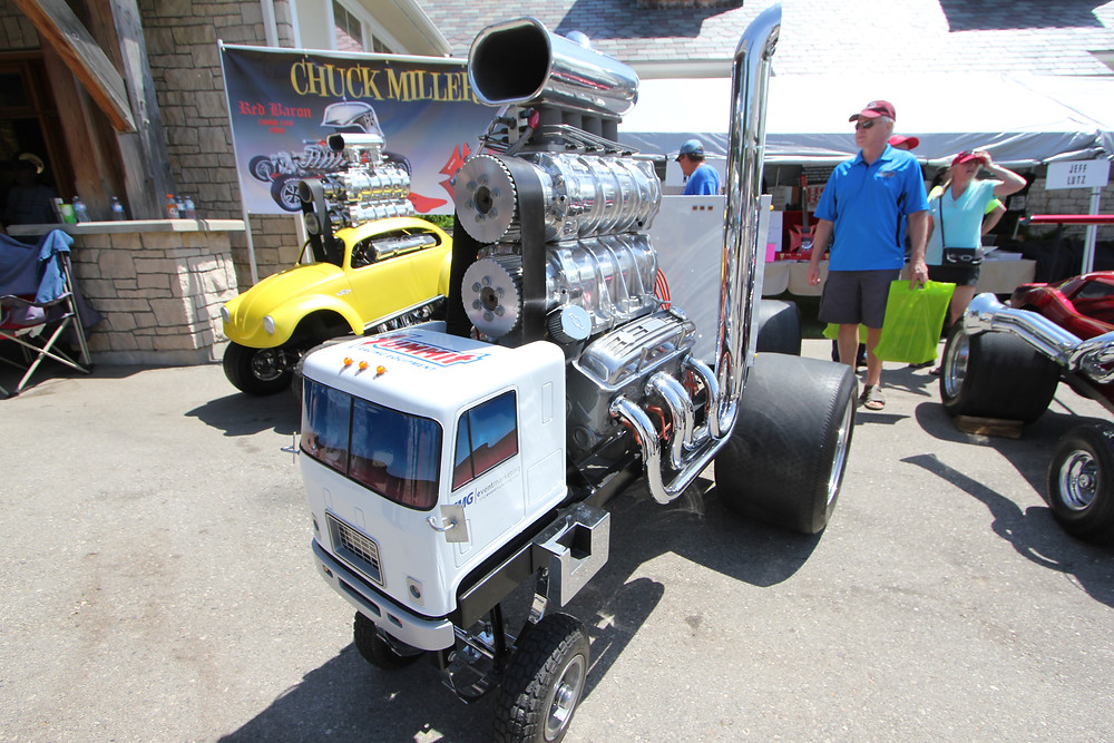 "Chuck Miller's ""Zingers"" ( scaled down customs with huge engines ) a big Hit at the Fleetwood Car Show in London this weekend."