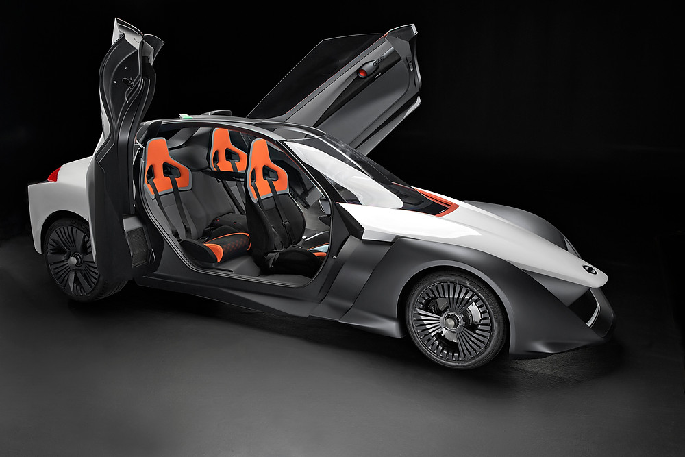 Nissan BladeGlider - functional concept unveiled in Rio.