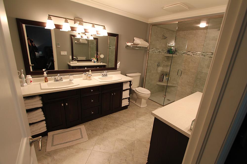 CUSTOM HOME BATHROOMS