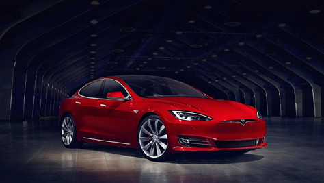 Tesla to cover repair costs for man who used his Model S to save another driver's life