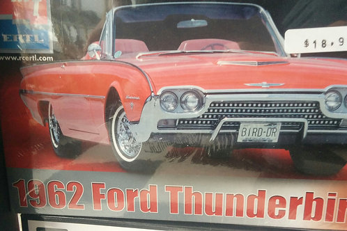 1962 Ford Thunderbird 1/25th Scale