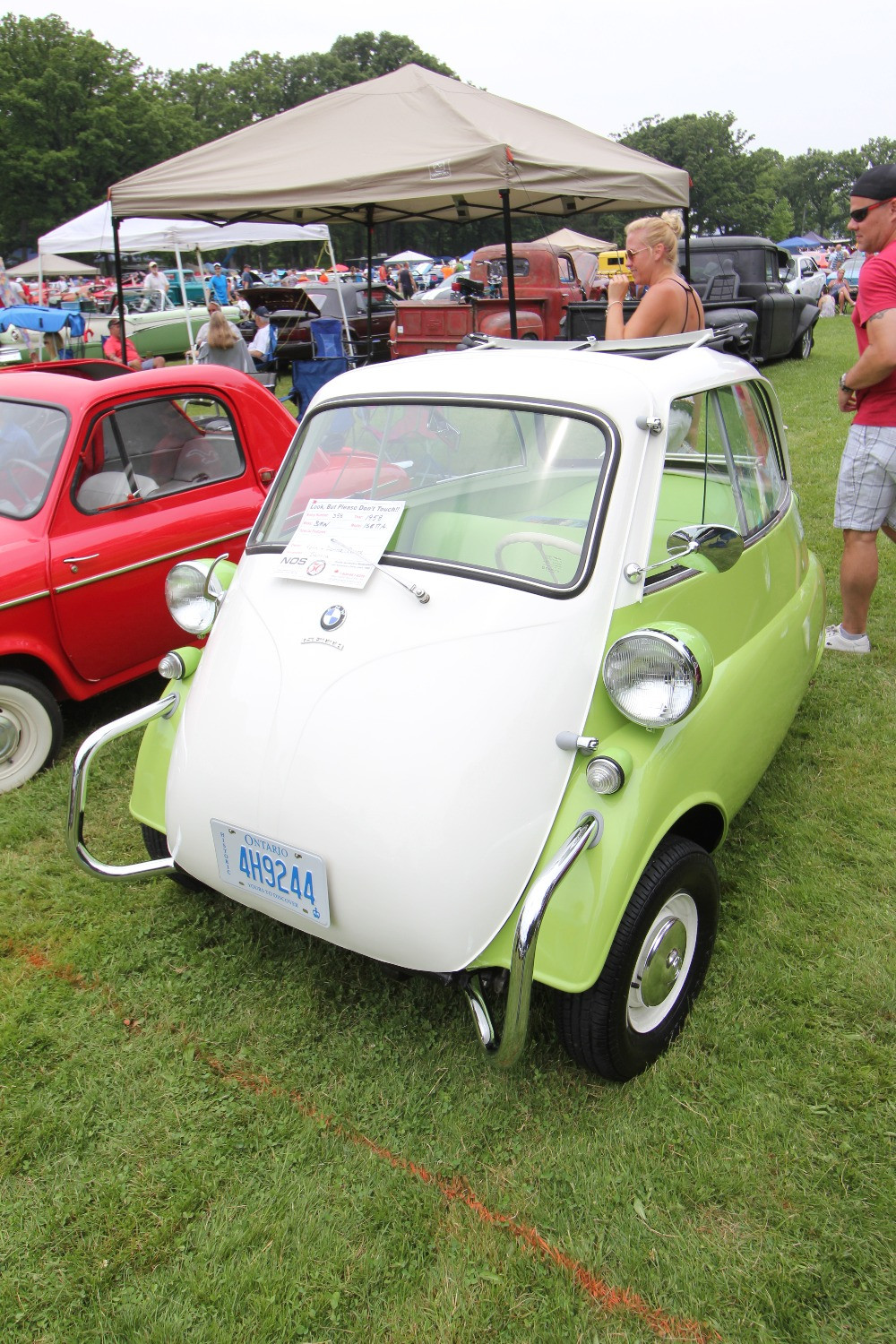 1958 BMW Isetta - at Sarnia Street Machines Car Show
