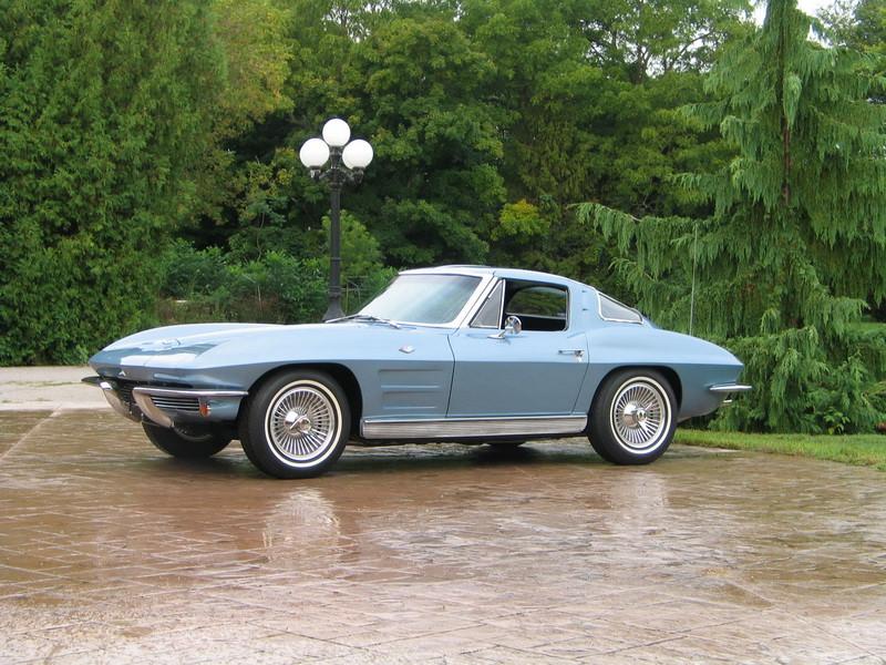 1963 Split Window Corvette - CCP Auctions Photo