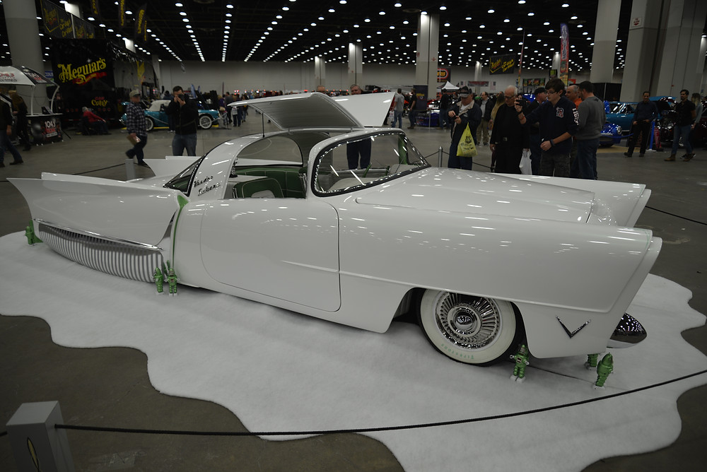 CUSTOM CAR WITH RETRO SCI-FI FLAIR