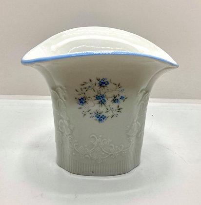 Royal Porzellan Bavaria KPM Delicate Floral Vase