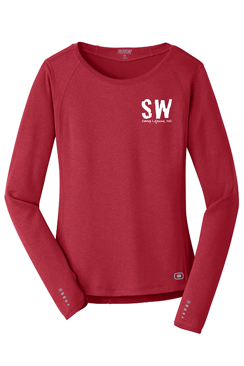 Ripped Red OGIO® ENDURANCE Ladies Long Sleeve Pulse Crew.