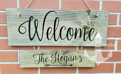 Welcome Holiday Hanger Wooden Sign, 1 Hanger