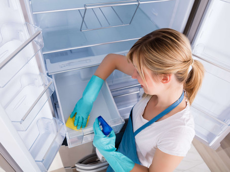 How to Deep Clean Your Fridge - The Right Way