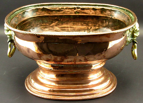 A Very Good 18th Century Copper Wine Cistern, England or Netherlands Circa 1750