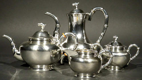 A Fine Chinese Export Silver Tea & Coffee Service by Hung Chong, Canton/Shanghai