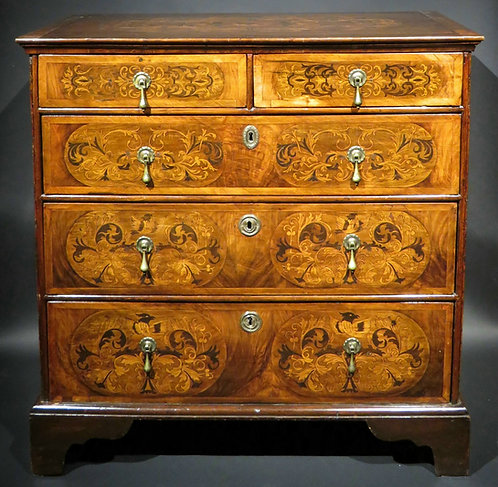 A William & Mary Period Inlaid Chest of Drawers in Walnut, English Circa 1700