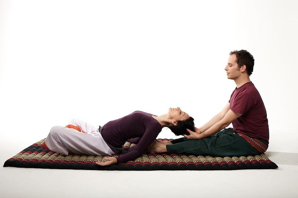 shiatsu, massaggio, trattamento, benefici, Naturopatia kundalini,