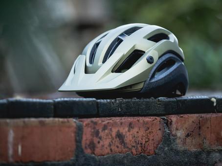 FIRST IMPRESSIONS: Giro Manifest Helmet
