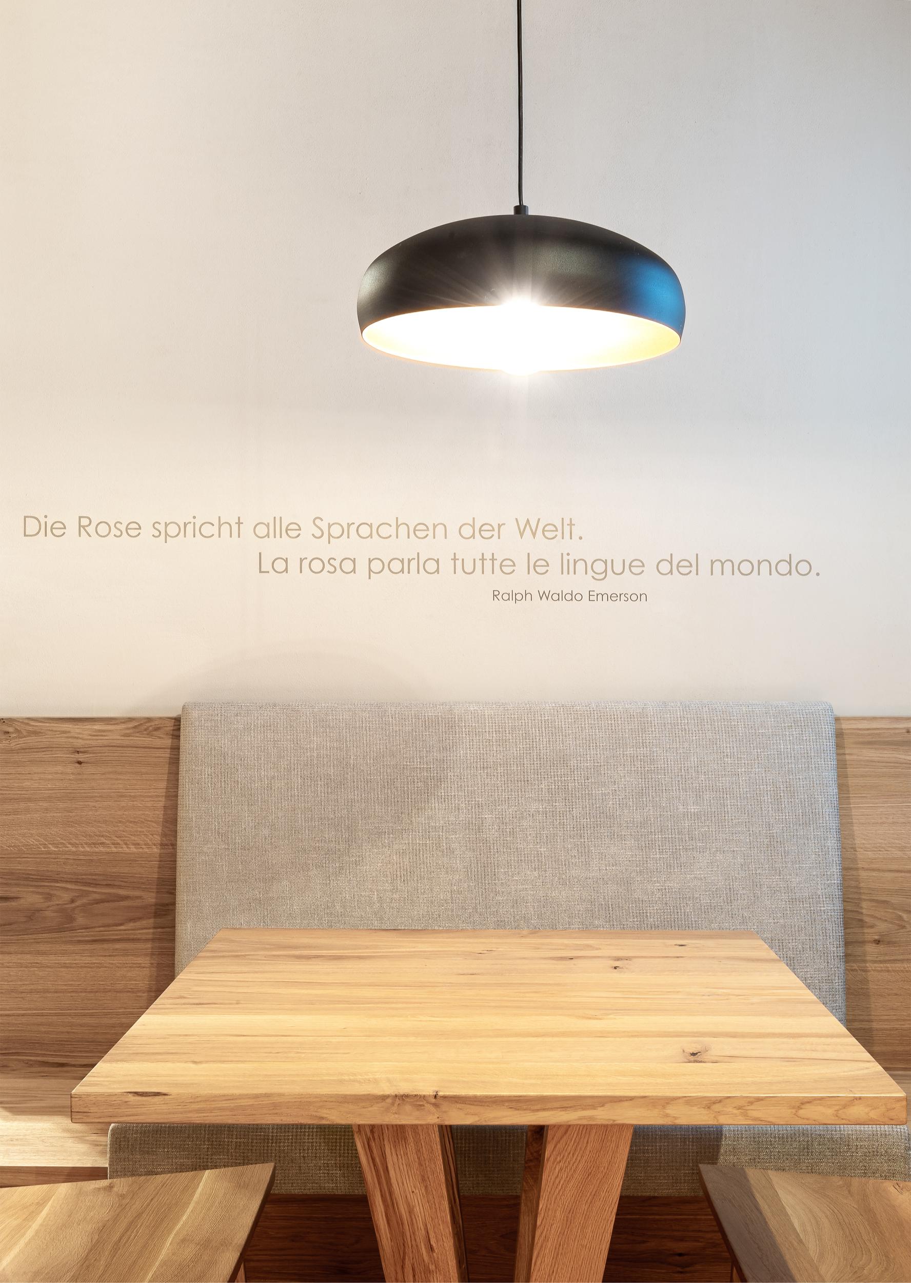Sitzecke / Parete-tavolo