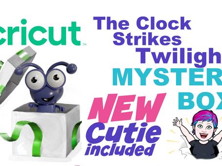 NEW CUTIE [twilight] Clock Strikes Midnight Mystery Box Announced!