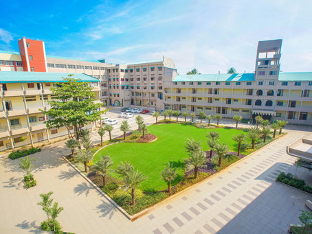 डी.वाय. पाटील कॉलेज ऑफ इंजिनिअरिंग अँड टेक्नॉलॉजी आज ३८ व्या वर्षात पदार्पण करत आहे.