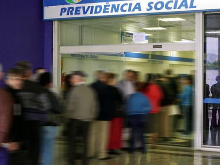 Como manter sua condição de segurado do INSS do Brasil mesmo após mudar de país