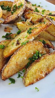 Cartofi wedges cu parmezan