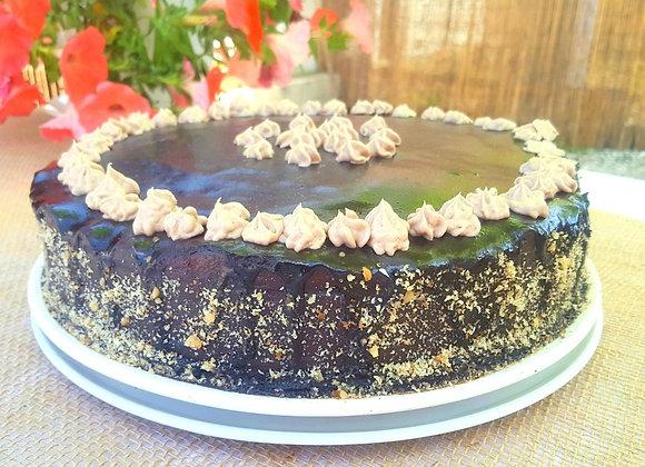 Tort de ciocolată cu nucă prăjită (2kg)