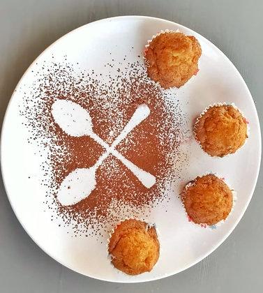 Mini brioșe cu mere (360g - 12 buc)