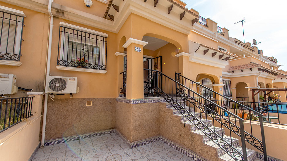 3 Bed Townhouse for Long Term Rental in Entre Golf, Orihuela Costa - 350LT