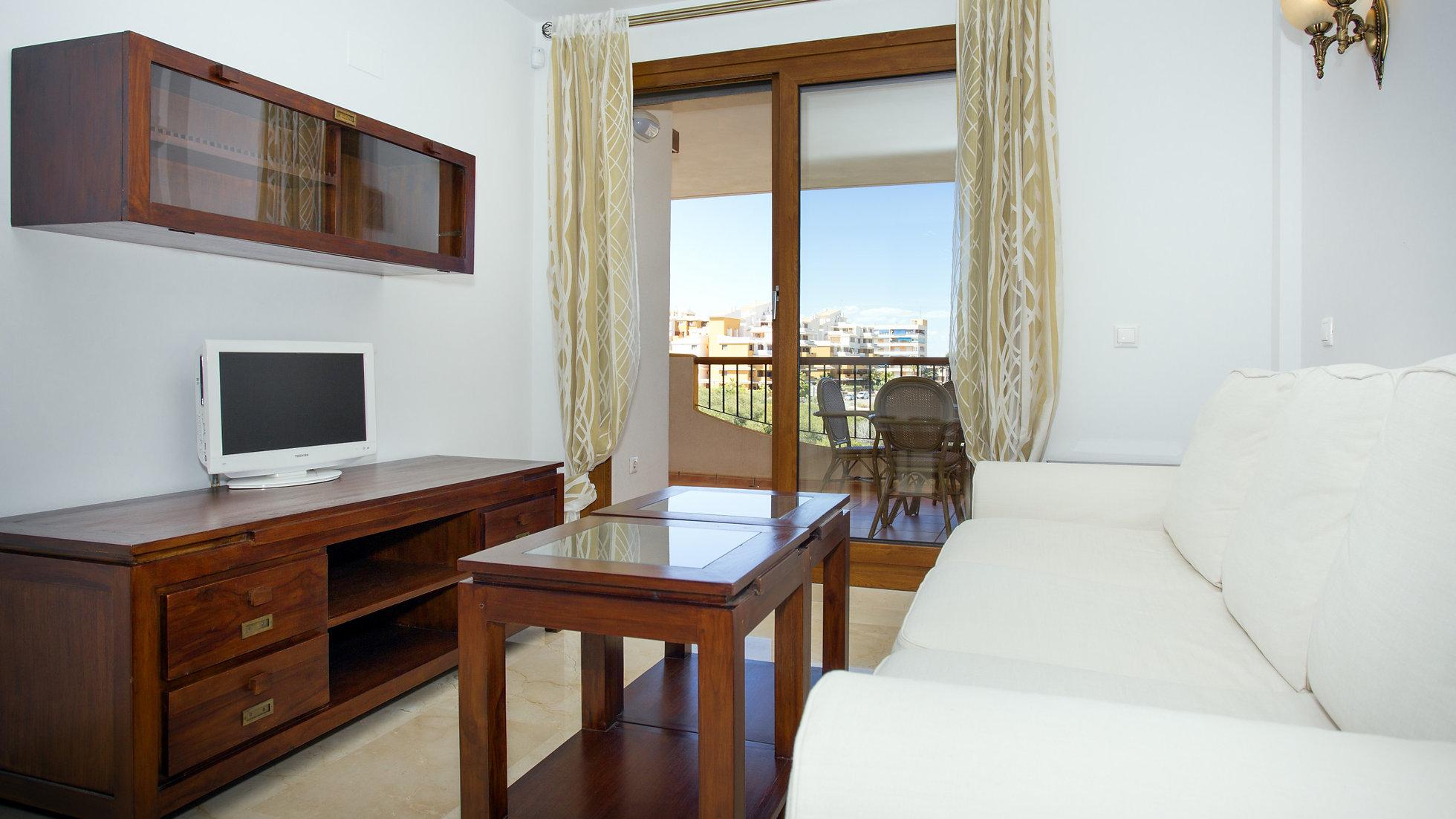 2 Bed Apartment for Long Term Rental in Punta Prima ...