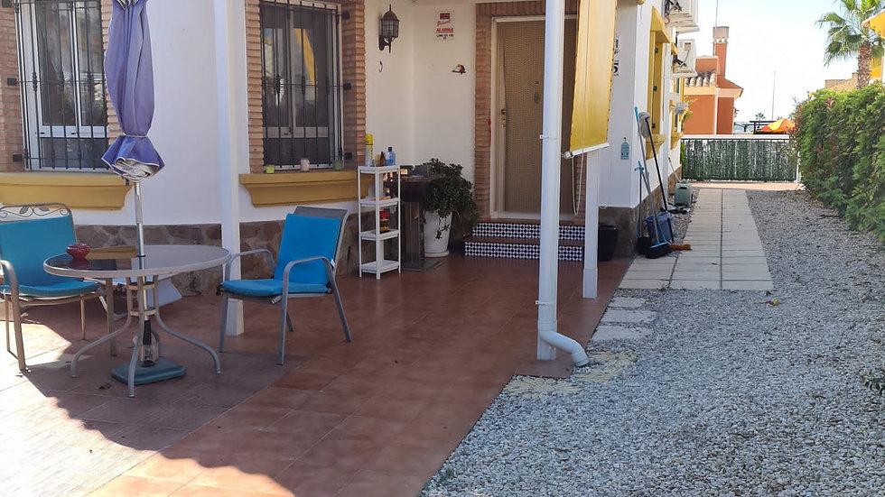 Long Term Rental in El Raso, Guardamar - Detached Villa - 088LT