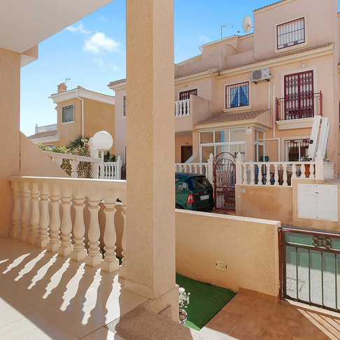 Long Term Rental in La Zenia, Orihuela Costa / Townhouse / 1000LT