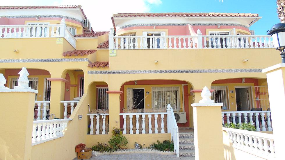 3 Bed Townhouse for Long Term Rental in El Galan, Villamartin - 500LT