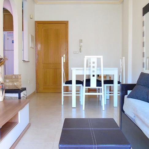 Long Term Rental in Playa de los Locos, Torrevieja / Apartment / 300LT