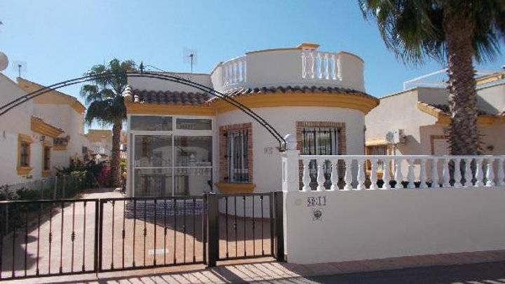Long Term Rental in El Raso, Guardamar / Detached Bungalow / 498LT