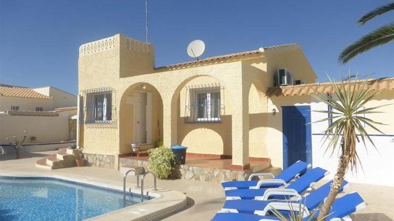 2 Bed Villa for Holiday Rental in La Florida, Orihuela Costa - 835ST