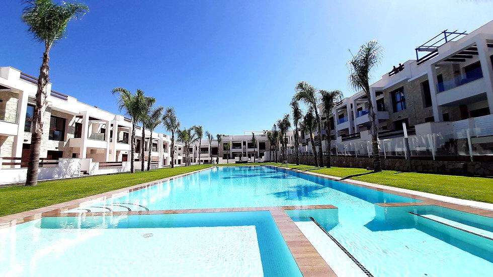 Holiday Rental in Los Balcones, Torrevieja - Apartment - LAGUNA ROSA