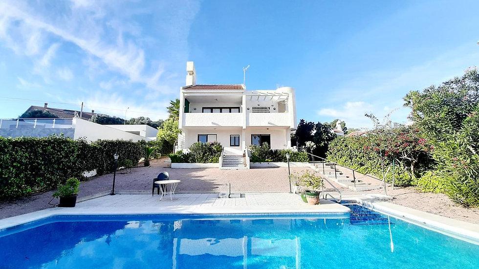 'Breslin' Villa in Las Comunicaciones, San Miguel de Salinas for Holiday Rental